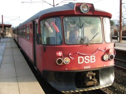 DSB ML 4902 på Snekkersten station