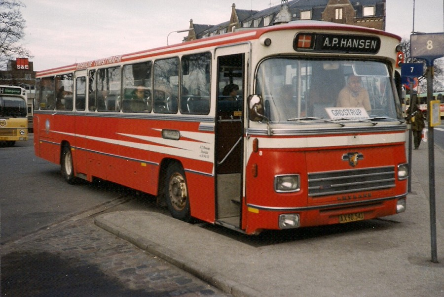A.P. Hansen 8/AX 90 541 ved Roskilde st.
