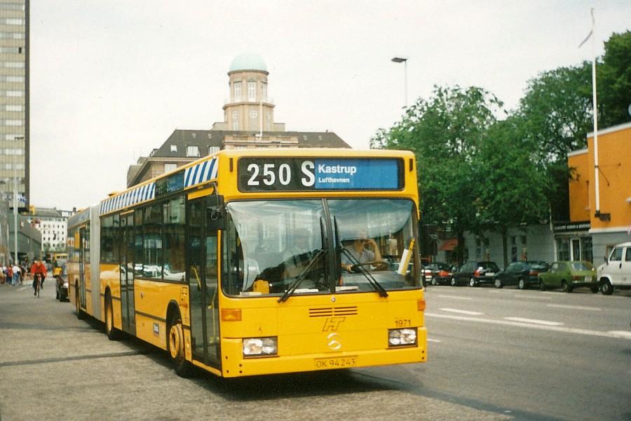 Buses in your hometown - Seite 2 Busdk1971_hovedbanegaarden