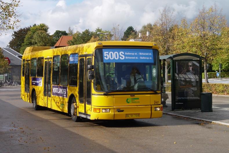 Serie 15-bus på linje 500S ved Birkerød st.